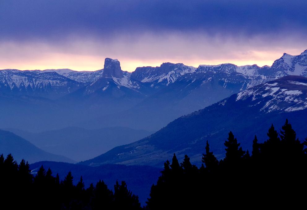 Paysage de montagne et regle du tiers