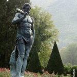 Statue d'Hercule à Vizille lors d'un stage photo pour associations